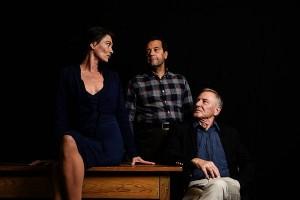 Theater Ariane mit «Ein Brautkleid aus Warschau» – Premiere